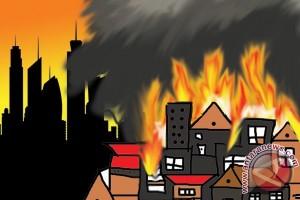 Polisi diminta segera usut kebakaran tujuh SD