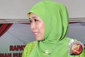 Mensos tinjau lokasi banjir di Belitung Timur