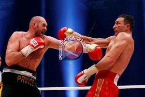 Joshua kalahkan Klitschko untuk rebut tiga gelar kelas berat