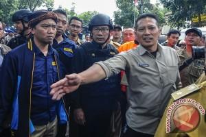 Wali Kota Bandung Kunjungi Lokasi Teror BOM