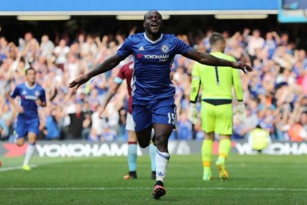 Victor Moses perpanjang kontrak dengna Chelsea