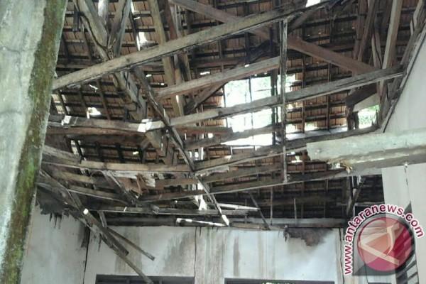 Pemkot Palembang perbaiki puluhan gedung sekolah