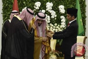 Bintang Adipurna Untuk Raja Salman
