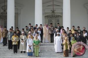 Pertemuan Dengan Tokoh Islam