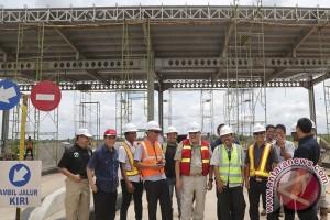 Gubernur Sumsel Tinjau Pembangunan Tol Palindra