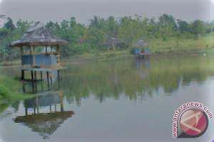 Disbudpar perbaiki fasilitas objek wisata Rantau Kumpai