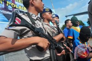 Polisi Pekanbaru ringkus penipu modus jual batu