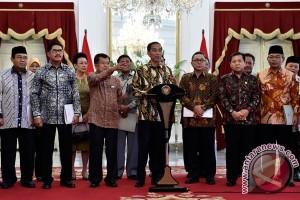 Harapan masyarakat tidak muluk-muluk terhadap Jokowi-JK
