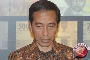 Jokowi temui warga Bandaung bagikan bantuan sosial