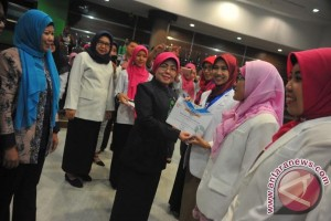 Belasan Apoteker Palembang siap buat masyarakat melek obat