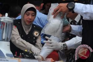 Polresta Palembang memusnahkan ratusan butir pil ekstasi