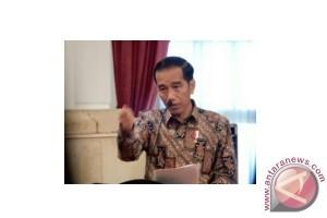 Jokowi Indonesia introspeksi karena investasi kurang signifikan