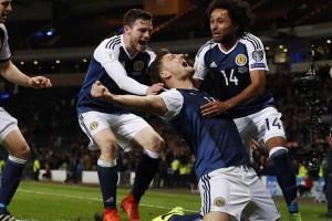 Chris Martin pahlawan Skotlandia di kualifikasi PD