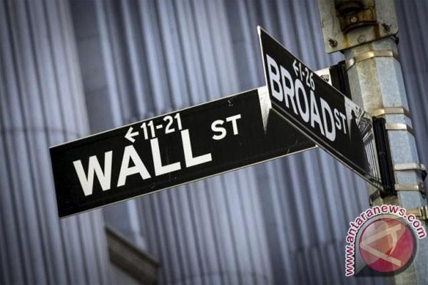 Wall Street menguat, Nasdaq catat rekor tertinggi