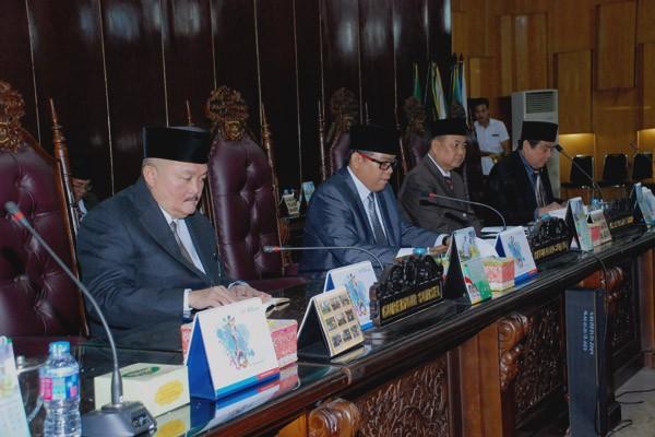 Lima Pansus DPRD sampaikan pembahasan LKPJ Gubernur