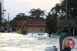 Pengungsi banjir harapkan bantuan sandang