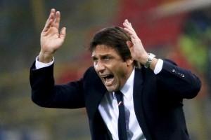 Conte tepis pembicaraan perihal tinggalkan Chelsea