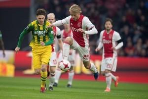 Ajax singkirkan Schalke di Liga Europa