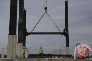 Pembangunan jembatan terpanjang di Indonesia