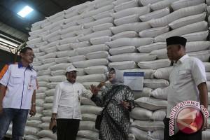 Bulog Sumsel miliki stok gula 4.000 ton