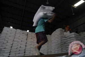 Pakar: Ongkos produksi penyebab beras Indonesia mahal