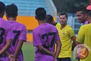 Sriwijaya FC boyong 22 pemain ke Malang