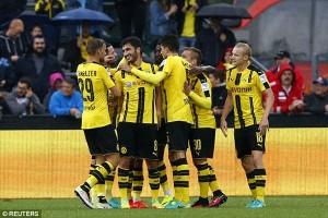 Dortmund menang 3-0 atas Wolfsburg