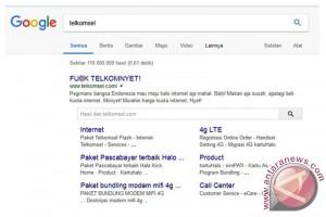 Laman Telkomsel dibobol dengan protes kasar