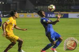 Persib cukur Sriwijaya FC 4-1