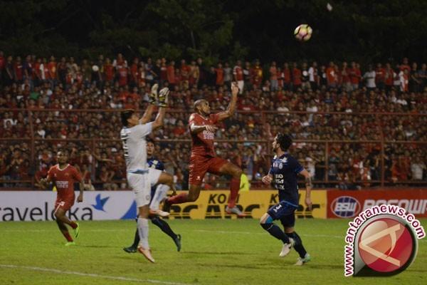 Sriwijaya FC waspadai ketajaman striker `Juku Eja`