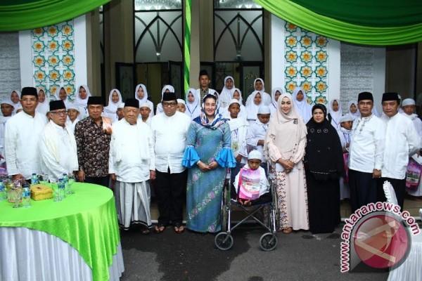 DPRD Sumsel dan IKATRI berbagi di Ramadhan
