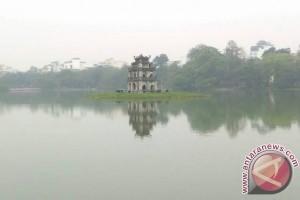 Semangat dan kreativitas warga di danau Hoan Kiem