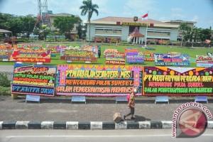 Mapolda dibanjiri karangan bunga dukungan pemberantasan Premanisme