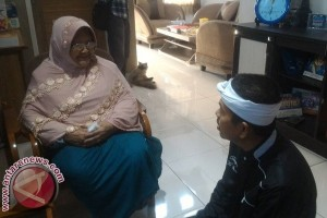 Siti Rokayah buka pintu damai dengan anak