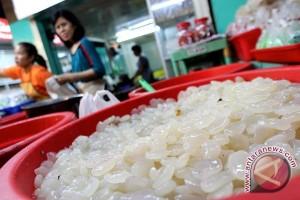 Perajin kolang kaling mulai bermunculan jelang Ramadhan