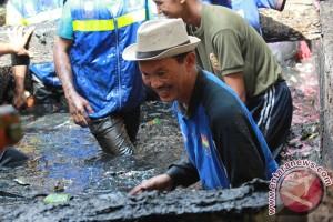 Cara Wali Kota Harnojoyo atasi sampah