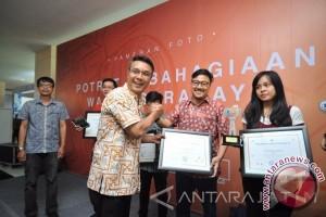 Puluhan foto wajah-wajah bahagia warga Surabaya dipamerkan