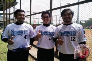 Tiga atlet sofbol Sumsel pilih pulang kampung