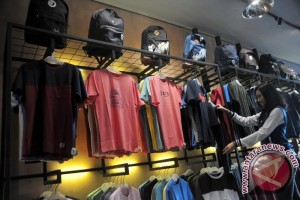Bisnis Fashion masih tuan rumah negeri sendiri
