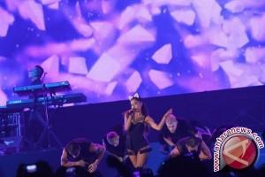 Sejumlah orang tewas dalam ledakan konser Ariana Grande di Inggris