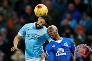 Gael Clichy akan tinggalkan Manchester City