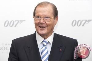 Pemeran James Bond Roder Moore meninggal dunia