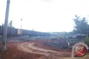 Pembangunan Rel Ganda penyebab kabel Telkom putus