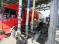 Pekerja mengisi BBM ke dalam truk pengangkut di Terminal Automation System (TAS)-New Gantry System (NGS) di Terminal BBM Kertapati Palembang, Sumatera Selatan, Sabtu (17/6). Dalam menghadapi arus mudik 2017, PT Pertamina (persero) Marketing Operation region (MOR) II Sumbagsel menyiapkan dua titik mobile SPBU, satu titik SPBU Kantong dan tiga titik SPBU buffer di jalur mudik lebaran. (Antarasumsel.com/Nova Wahyudi/dol/17)