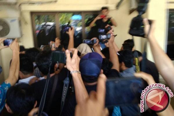 Istri Gubernur Bengkulu tertangkap OTT KPK