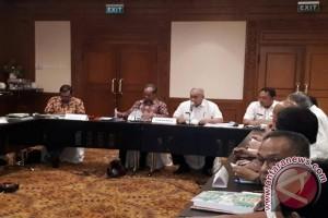 Bupati paparan dihadapan Tim Adipura di Jakarta