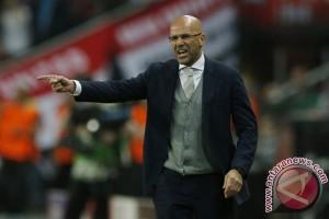 Dortmund tunjuk Bosz dari Ajax sebagai pengganti Tuchel