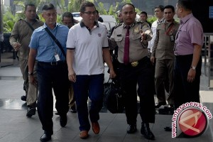 KPK tahan enam tersangka suap DPRD Jatim