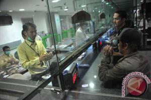 Rupiah Rabu pagi melemah tipis ke Rp13.287