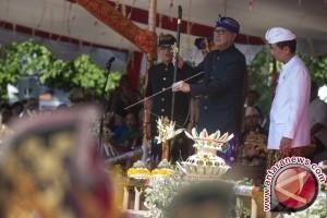 Mendagri lepas pawai pesta kesenian Bali ke-39